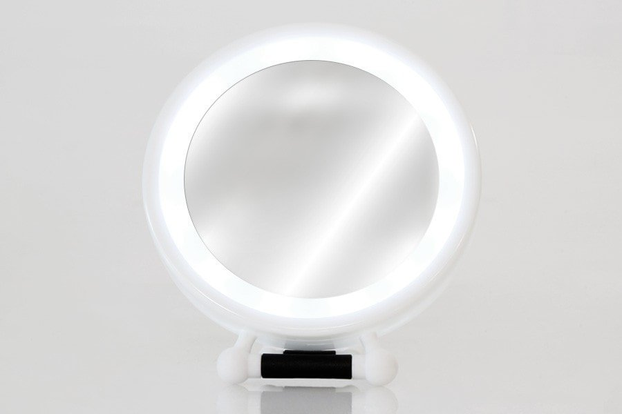 Hollywood glam is easy with the LED travel mirror with 7x magnification and hands free handle