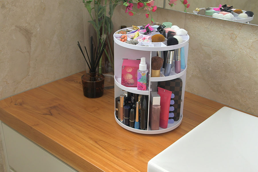 The as seen on TV Sympler revolving make up storage is the quick, clean and tidy way to store your makeup, cosmetics, jewelry and accessories